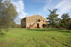 Immobili in vendita Sorano Grosseto Houses and properties for sale Sorano Grosseto