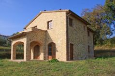 Immobili in vendita Cetona Siena Houses and properties for sale Cetona Siena